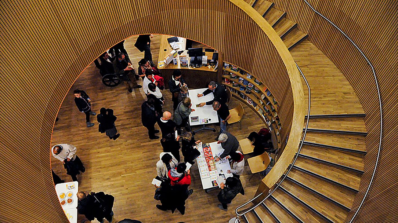 The stairwell at Canada Water Library. Photo Gary Black.
