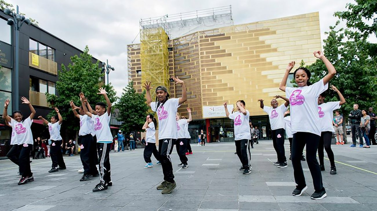 Love2Dance perform on Giffin Square. Photo Camilla Greenwell.
