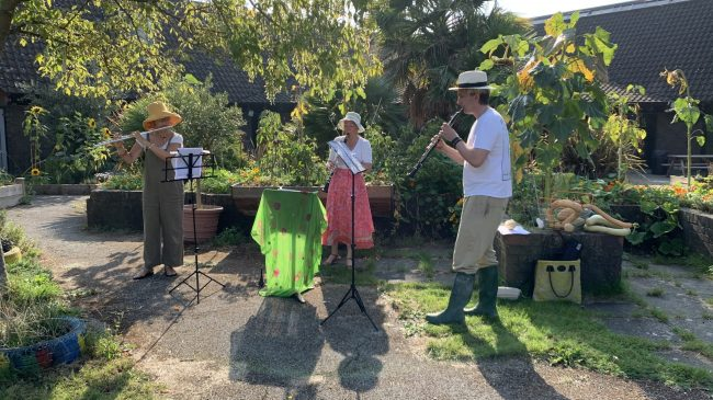 Summer in the Garden: Make Music Day 2021 with Comfortable Classical
