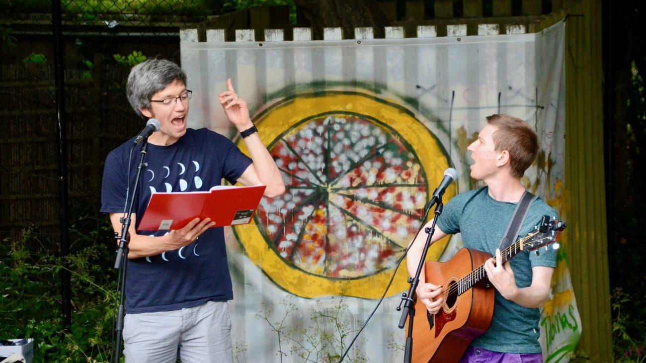 Meet poet Simon Mole and musician Gecko